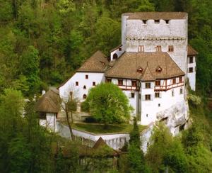 Angenstein-Uebersicht-Schloss